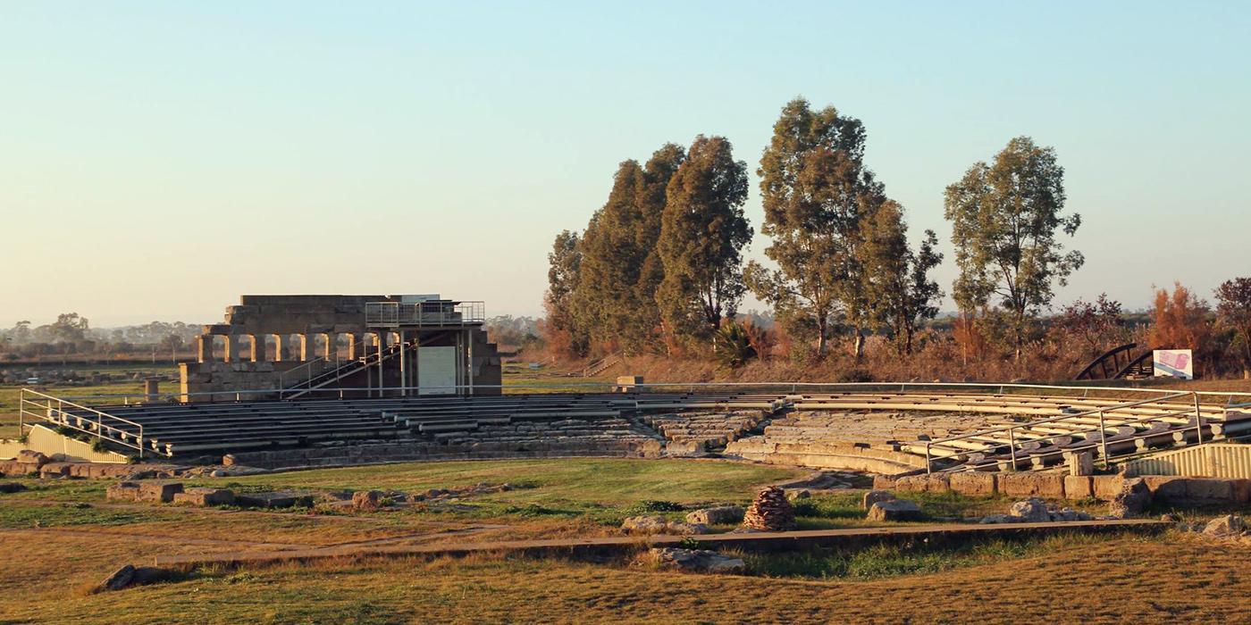 Il teatro nel Santuario urbano di Metaponto, IV sec. a.C.